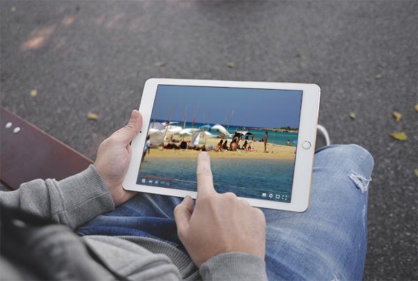 Mobile videos on social media